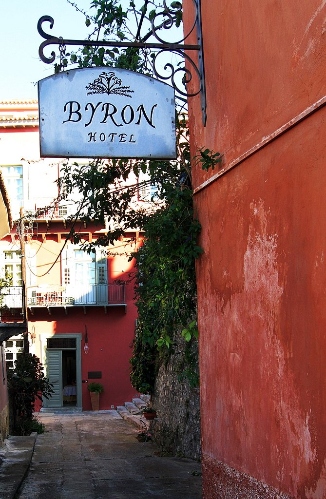 Walking in the alleys of Nafplio