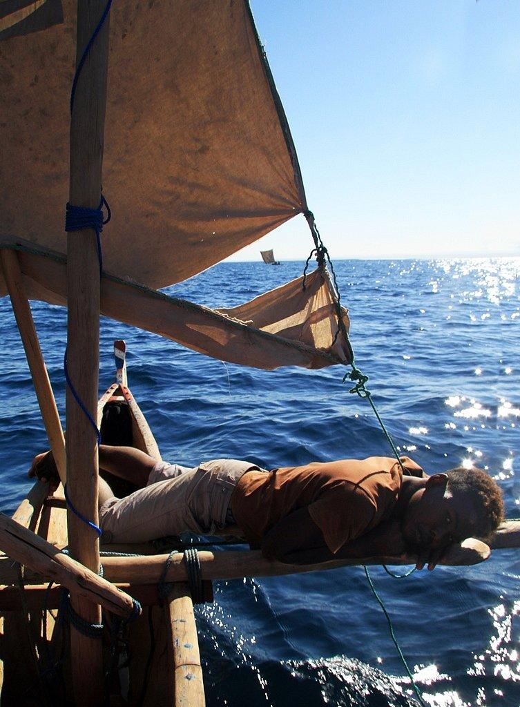Vezo-tribe-The-sea-gypsies05.jpg