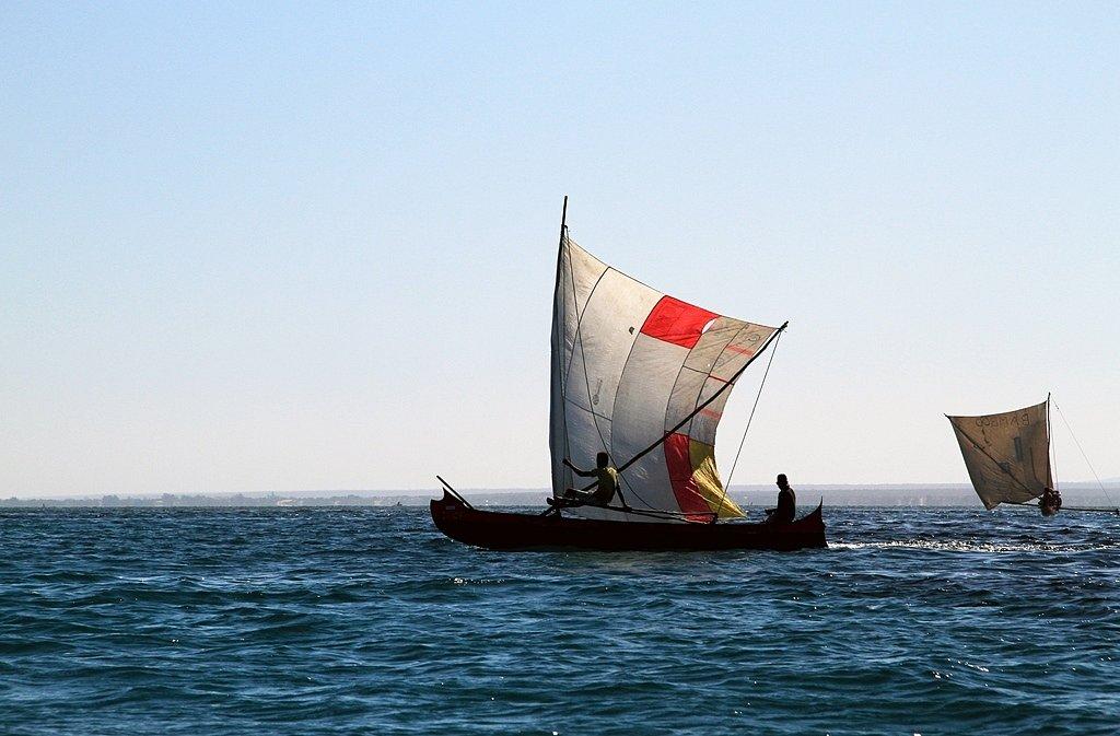 Vezo-tribe-The-sea-gypsies06.jpg